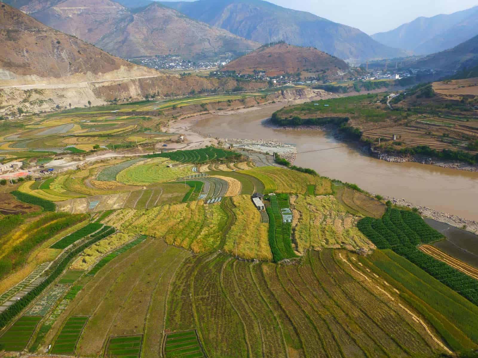Lancang-Mekong River provides important ecosyetem services and supports social and economic development in the region(photo by Daming He)